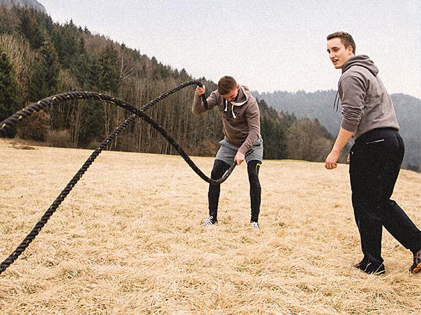RAW Fitness - Übung mit dem Seil